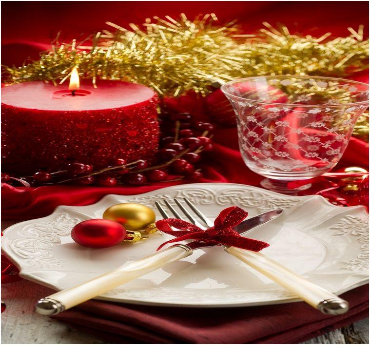 Tavola di Natale: decorazioni
