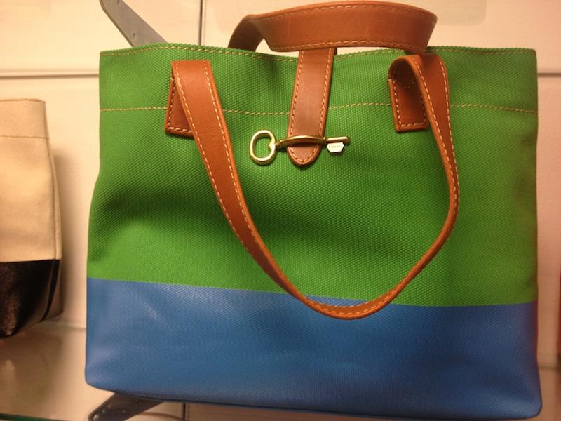 borsa verde e blu