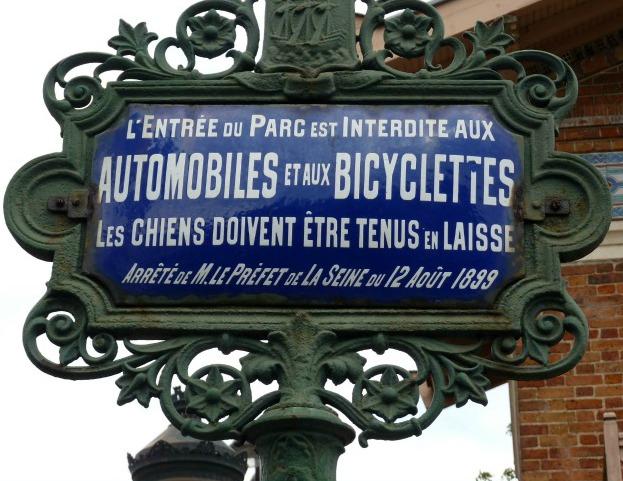 cartello_buttes_chaumont