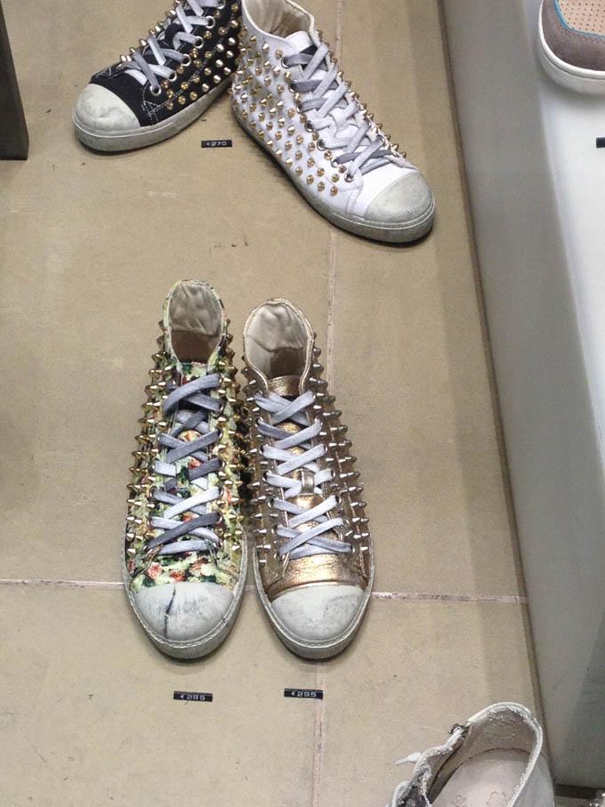 sneakers borchie d'oro