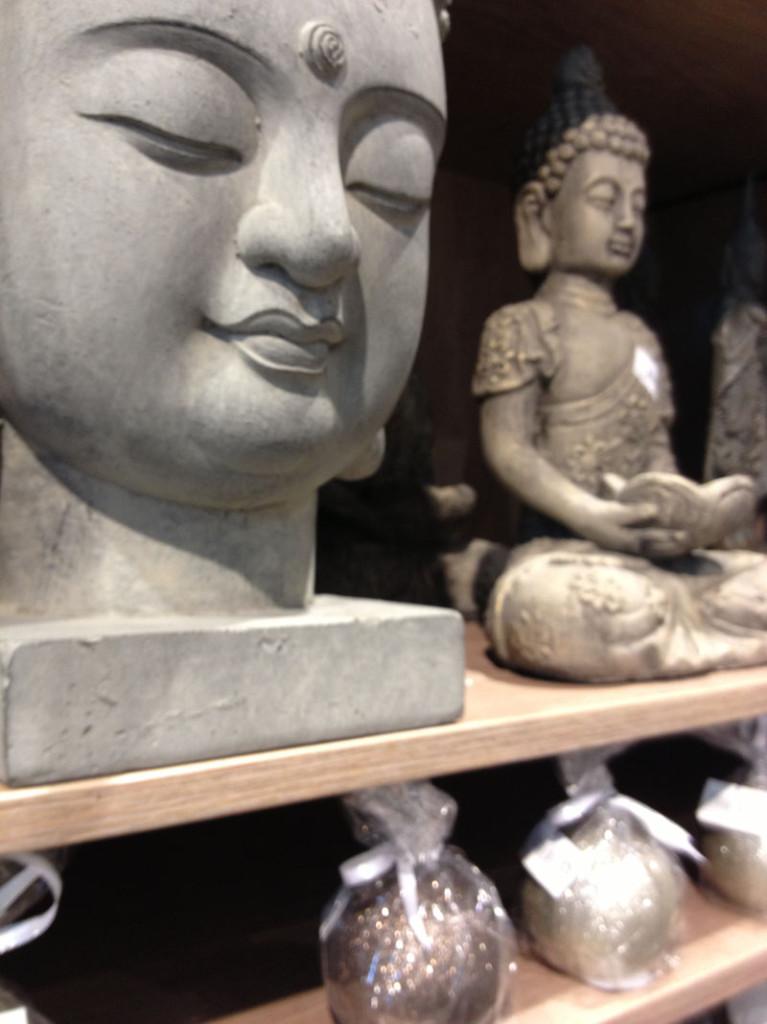 statua viso buddha