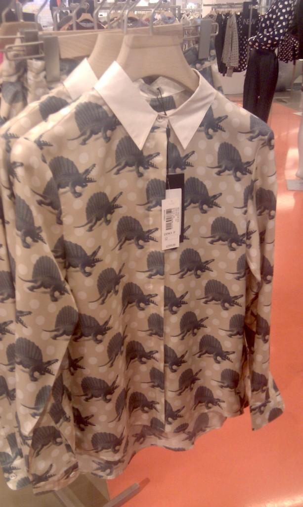 camicia con dinosauri