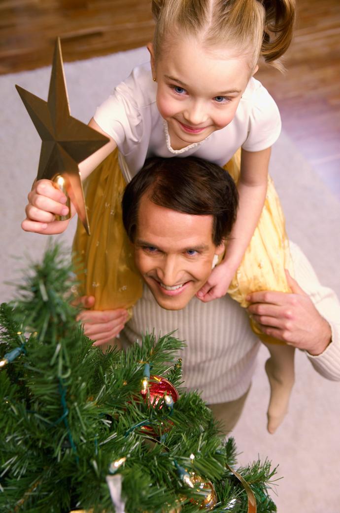 Stress da Natale - Addobbare l'albero con i bambini