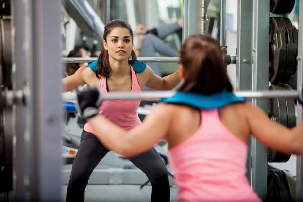 Squat: esercizi glutei