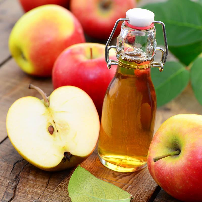 Rimedi naturali per capelli grassi  - Aceto di mele