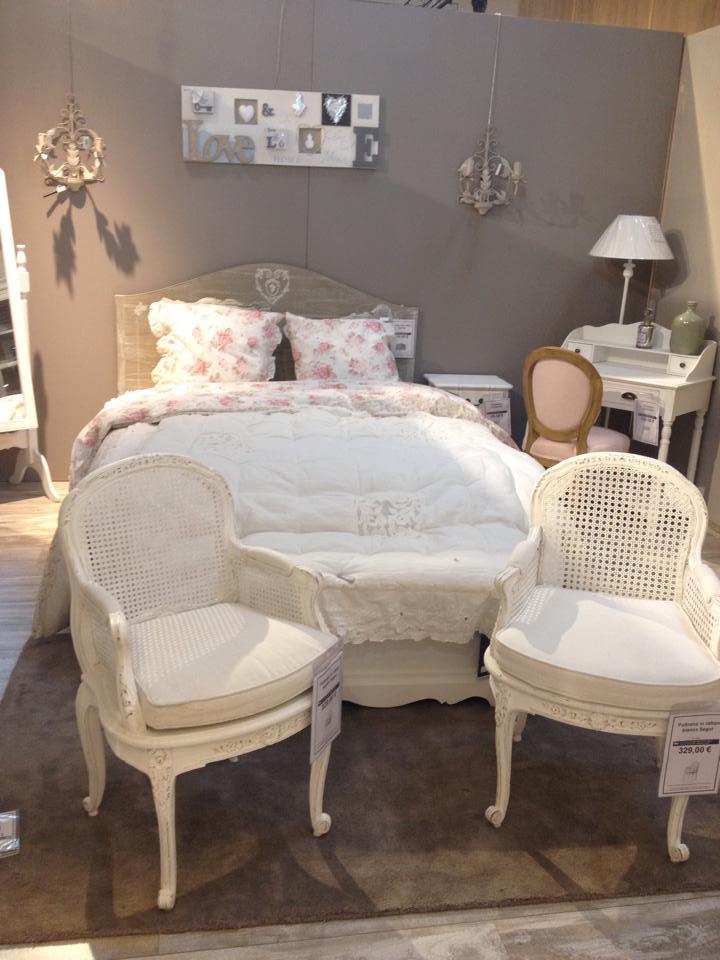 Shabby chic il nuovo trend per la casa blog - Camere da letto in stile provenzale ...