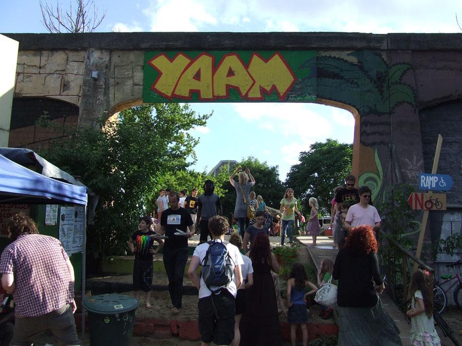Yaam_entry