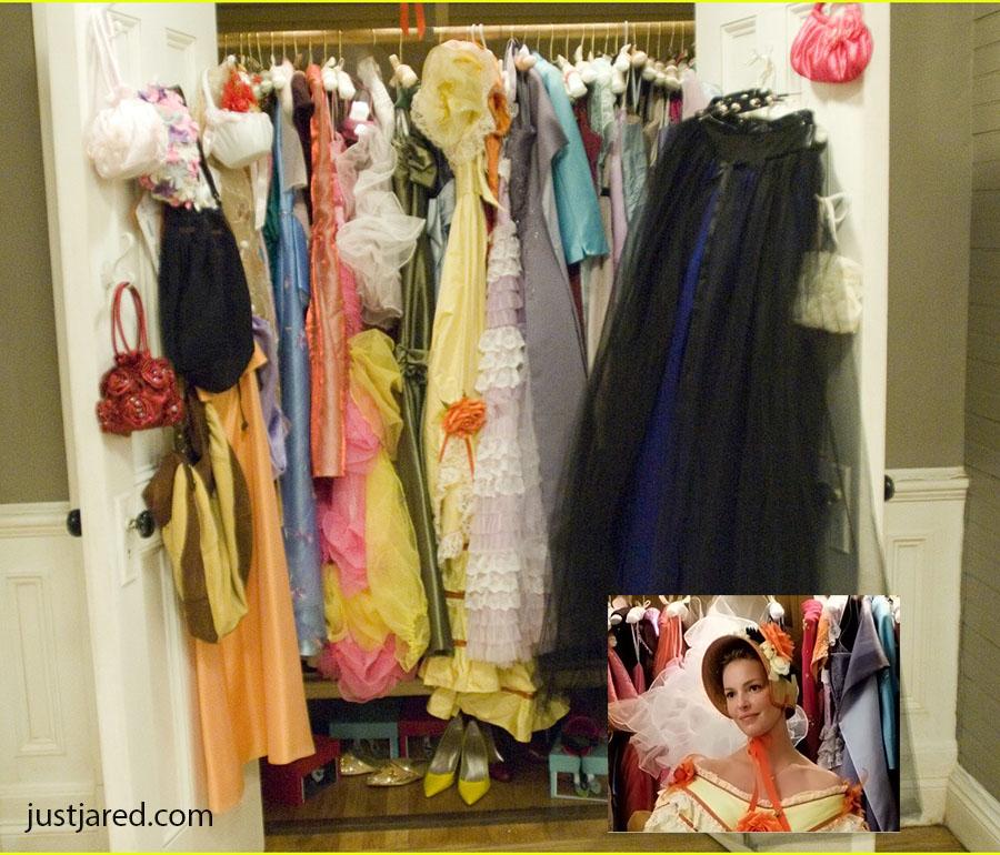 FengShui_decluttering_27dresses