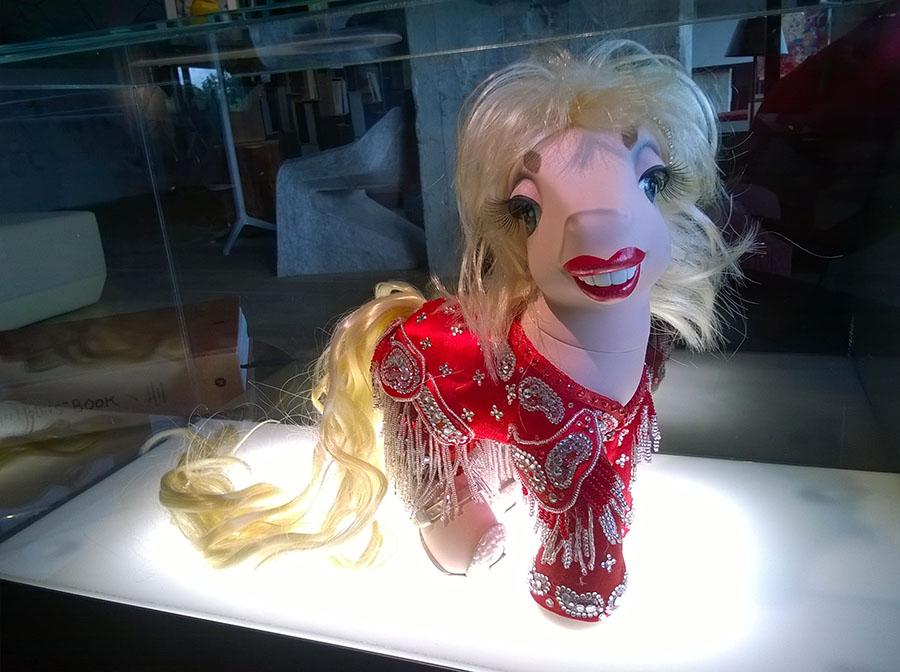 DollyParton_Pony