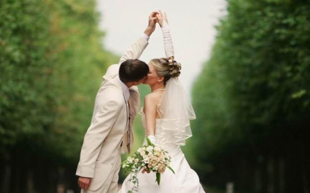 sposi felici lifestyle