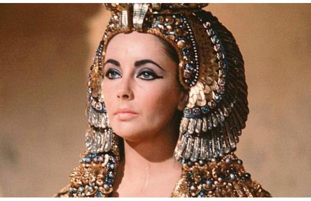 elizabeth-Taylor-Cleopatra lifestyle