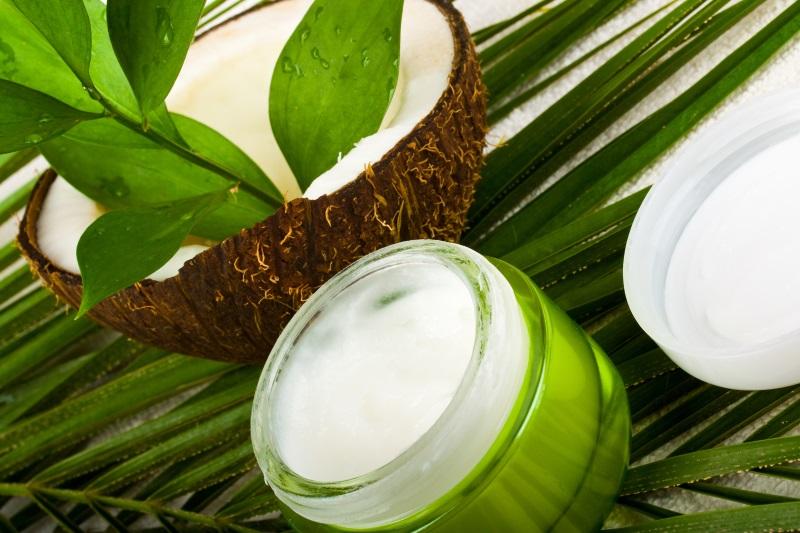 Crema viso bio fatta in casa al cocco